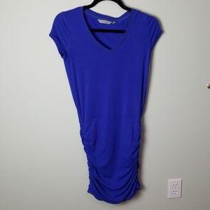 Athleta blue short sleeve sexy ruched dress